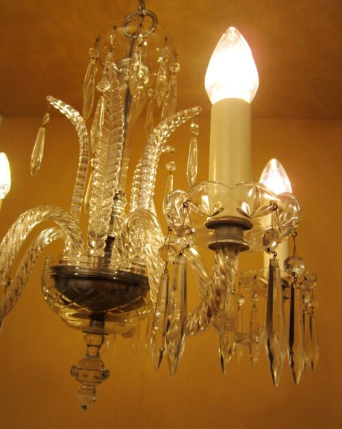 1930s Art Deco crystal chandelier. High quality.