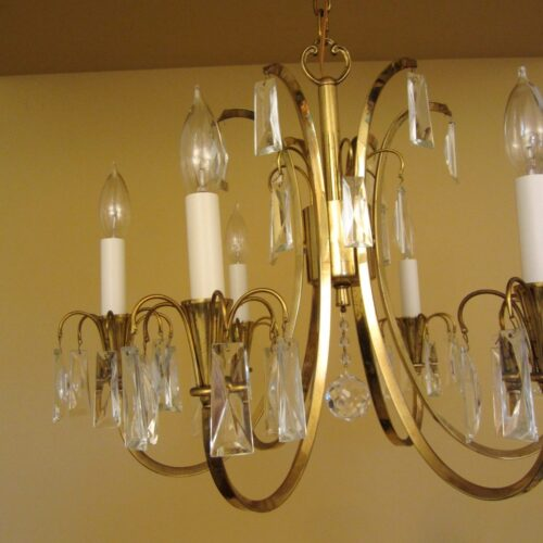 Distinctive Mid-Century crystal chandelier.