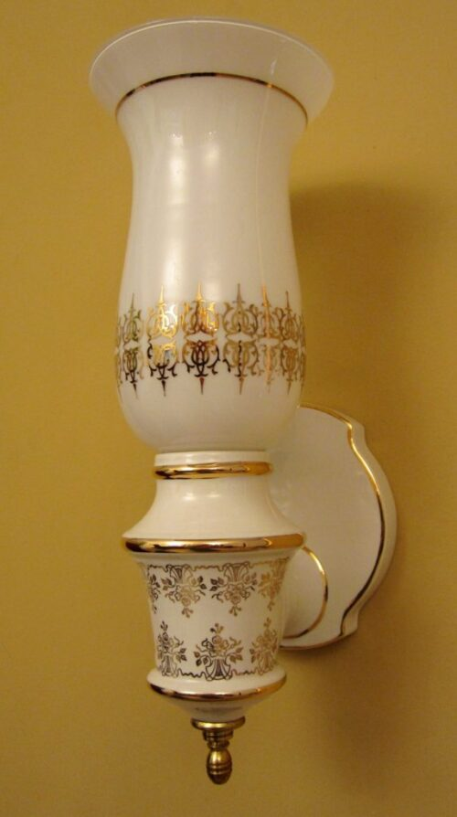 PAIR 1970s Hollywood-Regency sconces. More available.